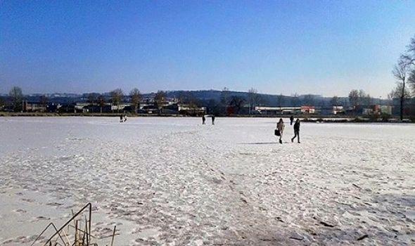 APEL: Kragujevčani ne šetajte po zaleđenom jezeru Bubanj