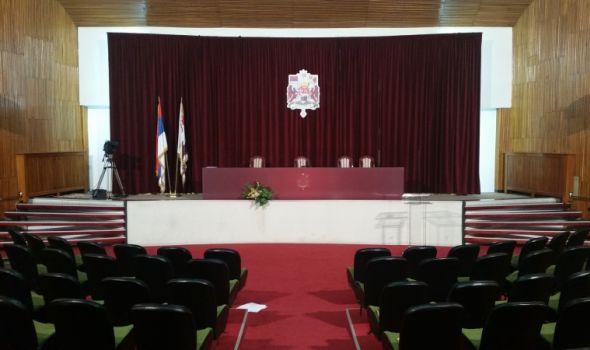 U najavi ZAKUVAVANJE vlasti i opozicije na sednici SG