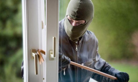 Opljačkali knjigovodstvenu agenciju, među razbojnicima i četrnaestogodišnjak sa poternice!
