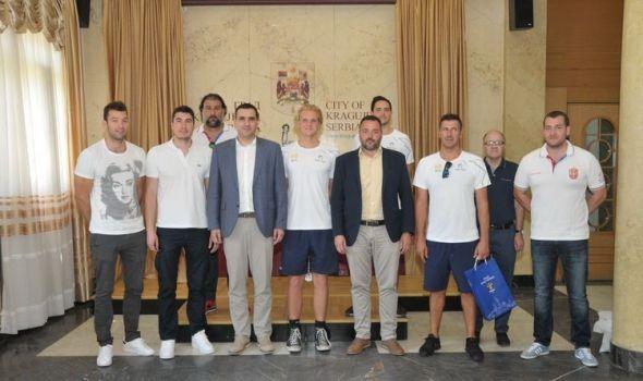 Vaterpolisti Srbije i Australije u Kragujevcu