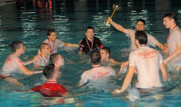 """Vaterpolisti """"Radničkog"""" U17 u finalu Kupa Srbije"""