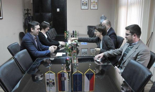 Unapređenje saradnje Kragujevca i Češke