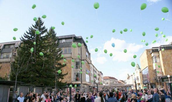Svetski dan dece obolele od raka: Podrška malim herojima puštanjem zelenih balona