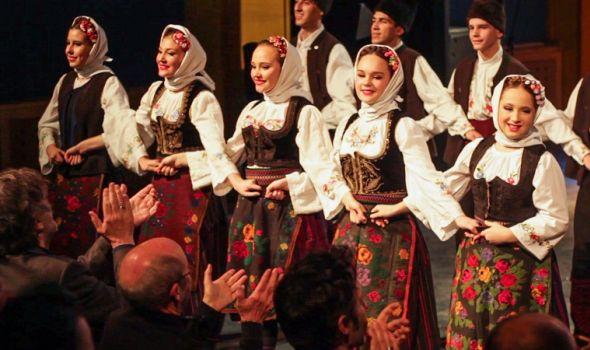 """AFA """"Svetozar Marković"""" predstavio tradicionalne igre i pesme na """"Kustendorfu"""" (FOTO)"""