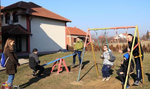 Podrška osobama sa autizmom u sticanju životnih veština za veću samostalnost i socijalizaciju