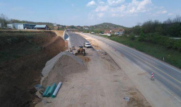 Vučić: AUTOPUT od Kragujevca do Batočine sledeće godine i PRUGA u Mind parku