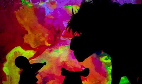 """Predstava """"Basne iz senke"""" u Pozorištu za decu"""