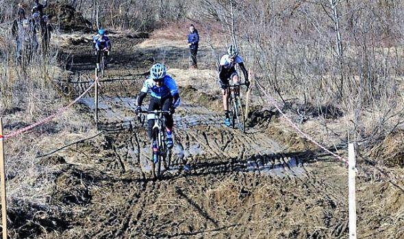 Kragujevački biciklisti uspešni na Prvenstvu Srbije u ciklo krosu na Srebrnom jezeru