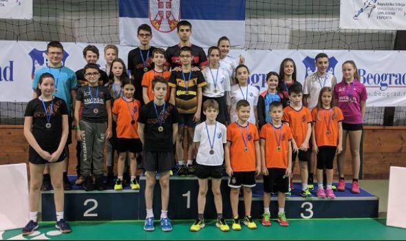 """Badminton klubu """"Ravens KG"""" osam medalja na Adi Ciganliji (FOTO)"""