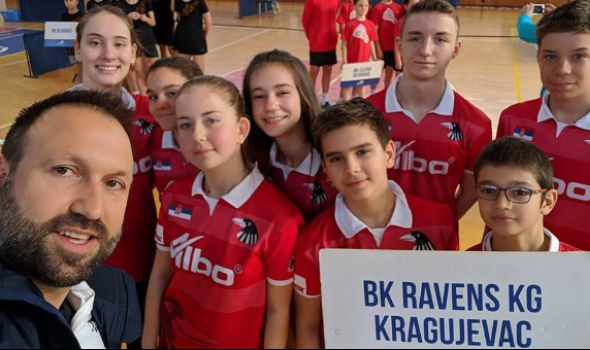 """Članovi Badminton kluba """"Ravens KG"""" osvojili šest medalja u Kruševcu"""