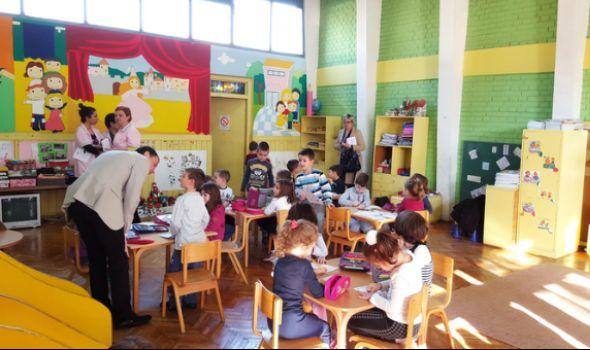 """Pogledajte PRELIMINARNI SPISAK primljene dece u vrtiće """"Nade Naumović"""" i """"Đurđevdana"""""""