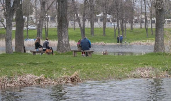 JEZERO BUBANJ MENJA IZGLED: Trim i pešačke staze, pločnici, platforme za ribolov