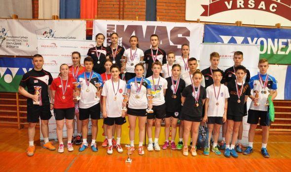 """Ravens KG"" osvojio četiri medalje u Vršcu (FOTO)"