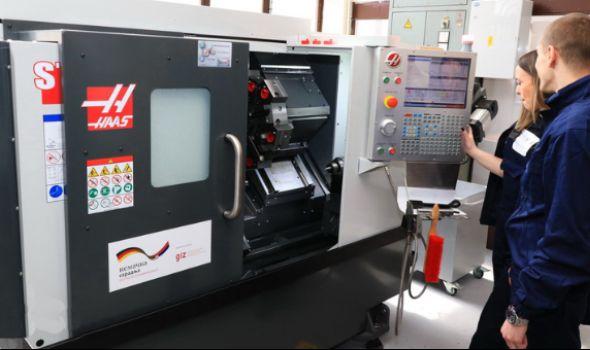 BESPLATNA obuka za operatere na CNC mašinama