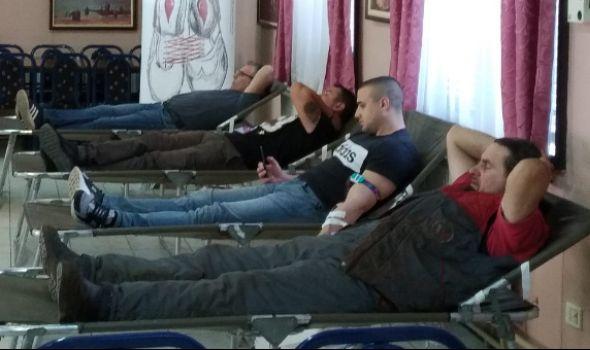 U Crvenom krstu prikupljeno 36 jednica krvi (FOTO)