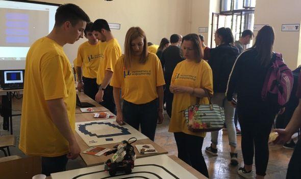 Više od 400 učesnika na FESTIVALU NAUKE predstavilo eksponate i eksperimente velikom broju posetilaca (FOTO)