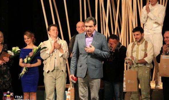 """Dan teatra u potpunosti u znaku Joakima: Praizvedba komada """"Negri"""" i dodela nagrada (FOTO)"""