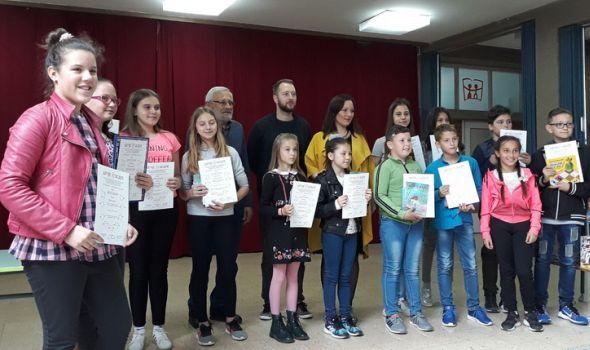 """""""Dečje iskre"""" nagradile učesnike konkursa na temu """"Šumadija – duhovni pejzaš"""" (FOTO)"""