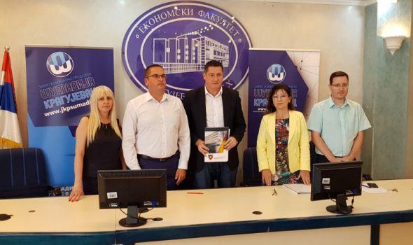 """Ekonomski fakultet uspostavio saradnju sa JKP """"Šumadija"""" (FOTO)"""