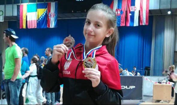 Eleni Đokić tri medalje u Ljubljani