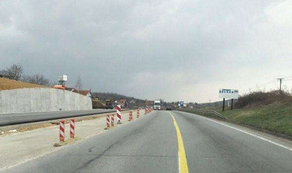 Spajanje deonica pri kraju: Asfaltiranje dela autoputa kod Nikšićkog brda