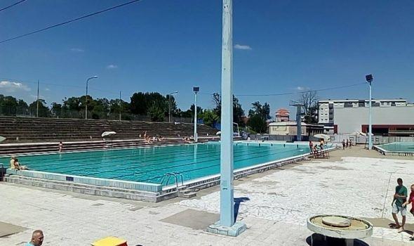 Počela sezona na bazenima i jezeru, besplatan ulaz za prve hrabre kupače