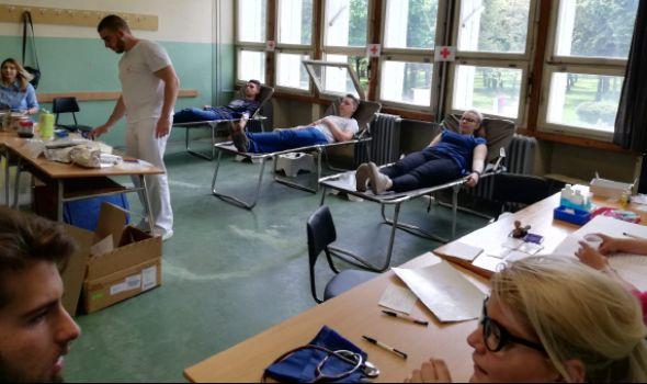 PROLEĆNA KAMPANJA za studente: Na FIN-u prikupljeno 35 jedinica krvi (FOTO)