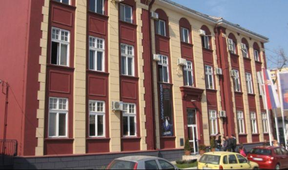 Utvrđene nepravilnosti na Fakultetu medicinskih nauka: Rektorovom sinu poništavaju doktorat