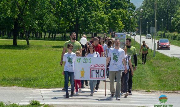 Kragujevčani uputili zahtev: Formirati Savez opština i gradova za Srbiju bez GMO (FOTO)