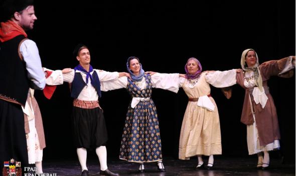 Grci predstavili tradiciju i duh svog naroda Kragujevčanima (FOTO)