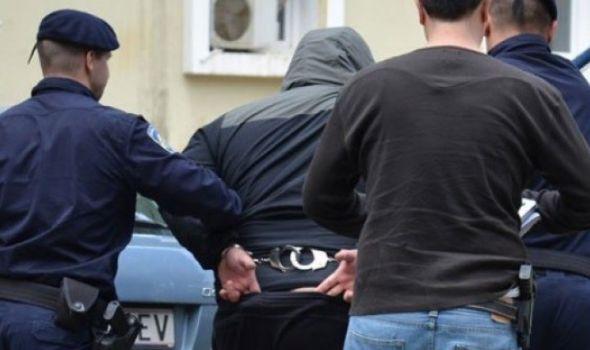 Uhapšeni osumnjičeni za pucnjavu iz automobila i pomagač za bekstvo