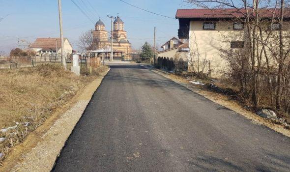 """JKP """"Šumadija"""": Asfaltiran put u Maršiću, slede radovi u Bresnici i Beloševcu"""