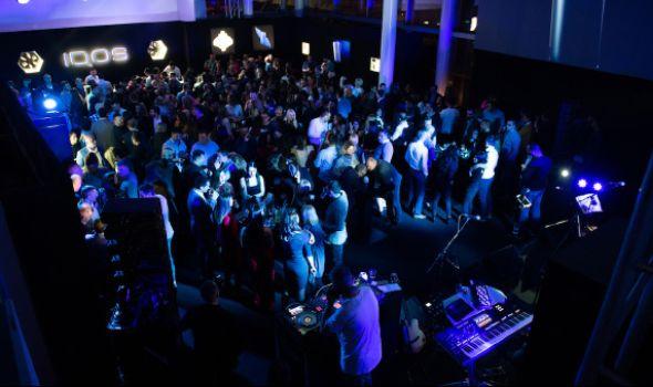 Žurka na kojoj gosti pevaju: Promocija Iqos 3 u Kragujevcu (FOTO)