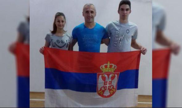 Mladi karatisti Julija Savić i Nikola Maslak na Balkanskom prvenstvu u Dubrovniku