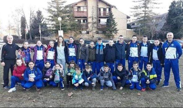 Karatisti Juniora trijumfovali na turniru u Aranđelovcu
