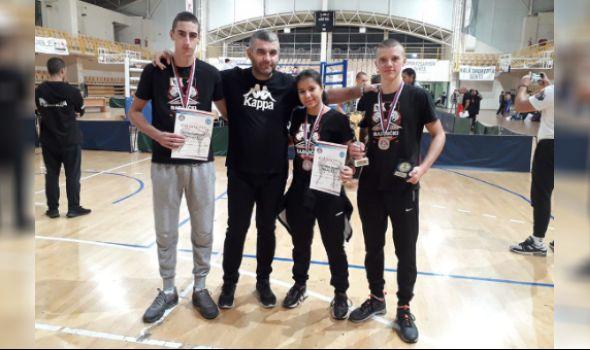 Kik-bokserima Radničkog tri medalje u Senti, Vesković trijumfovao
