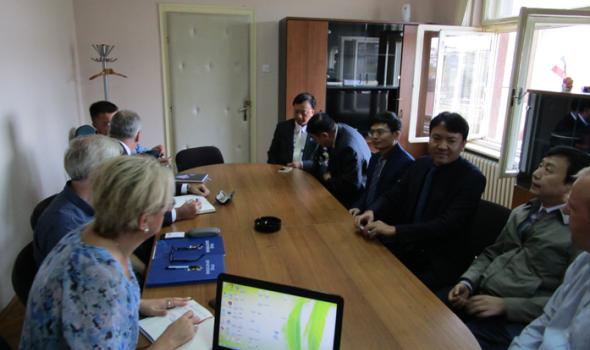 Kinezi ponovo u Kragujevcu: Sa privrednicima i rukovodstvom Pravnog fakulteta