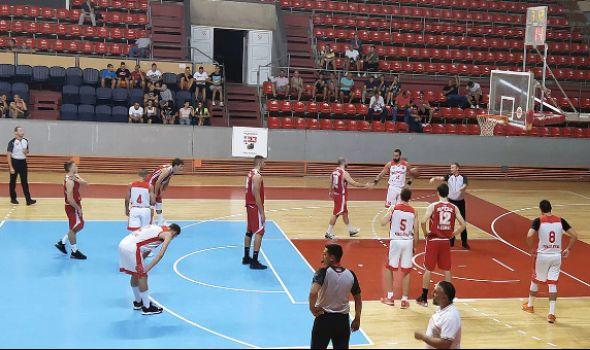 """""""Stotka"""" košarkaša Radničkog protiv Aleksinčana"""