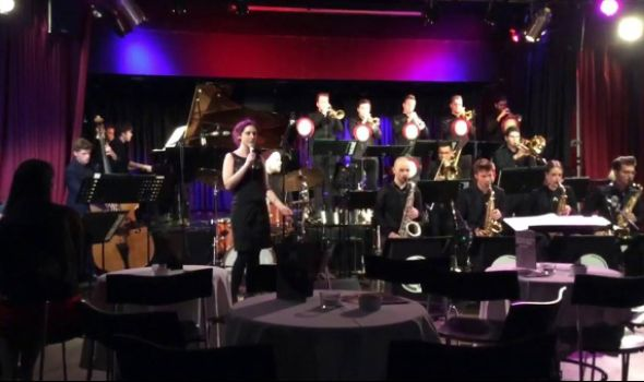 Koncert Svetskog džez orkestra muzičke omladine na Đačkom trgu
