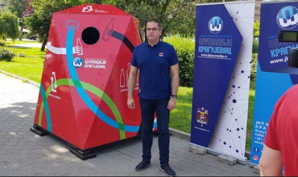 Kragujevac dobio specijalni kontejner ORIGAMI (FOTO)