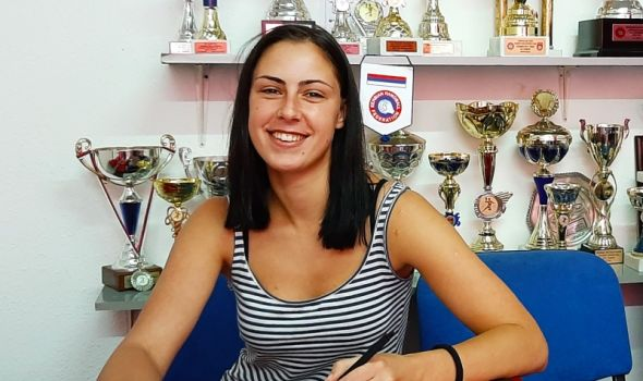 Superligašica Ksenija Petrović novo desno krilo Radničkog