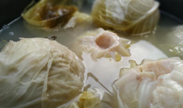 Voće u povrće na pijacama bez pesticida i teških metala, mikrobiološki ispravno