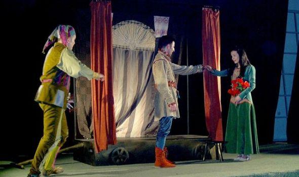 """Lepotica i zver"" u Pozorištu za decu"