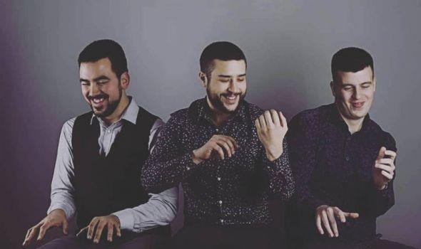 """Trio """"Les Nounours"""" u Svečanoj sali Prve kragujevačke gimnazije"""