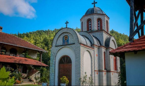 Vodička tura do manastira u Levču