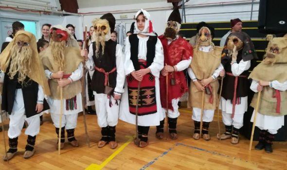 Maslenica – Bele poklade: Obeleženi stari praznici ruskog i srpskog naroda (FOTO)
