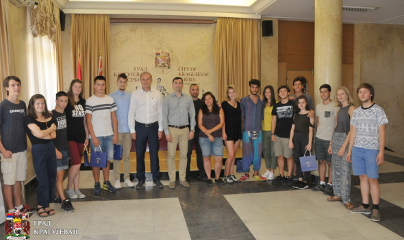 Italijani, Francuzi, Španci, Česi, Rusi i Turci u Kragujevcu istim povodom