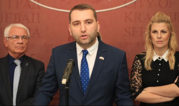 Urošević: Nikolić pretvorio Kragujevac u RUPU (FOTO)