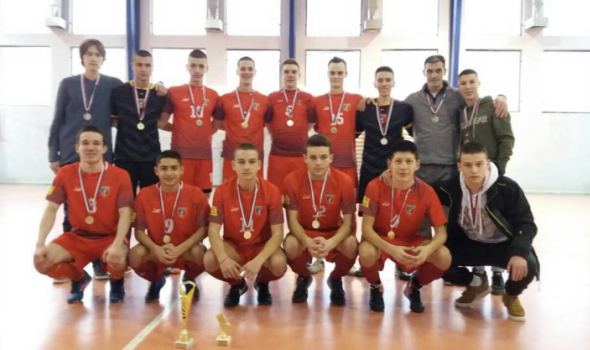Mladi tim Ekonomca pobednik Lige mladih regiona Zapadne Srbije
