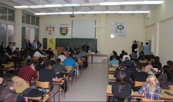 "Nedelja parlamentarizma: Tribina ""Političke ideje u parlamentarnoj praksi"" na Pravnom fakultetu"